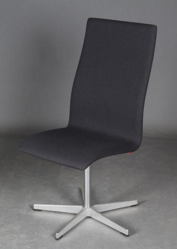 Arne Jacobsen (1902 - 1971) for Fritz Hansen: Oxford kontorstol model 3173