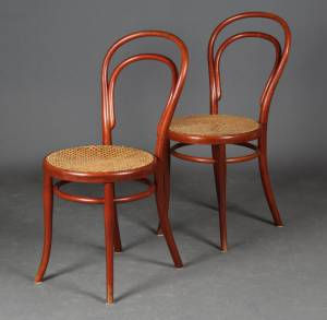 To Thonet wienerstole