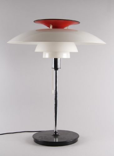 Poul Henningsen (1894 - 1967): Bordlampe PH-80