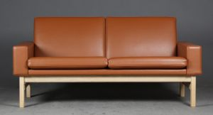 Hans J. Wegner 1914-2007. To-pers. sofa, model GE-34/2