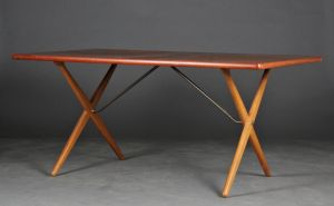 Hans J. Wegner (1914-2007): Spisebord, model AT-303