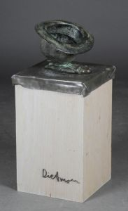 Erik Dietman (1937-2002): Komposition med hat, skulptur