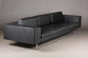Anne Louise Due De Fønns: Tre-personers Low Cut sofa