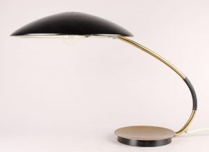 Christian Dell. Kaiser bordlampe, model 6787