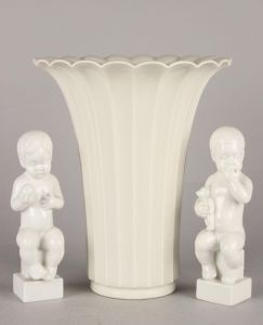 Royal Copenhagen/Bing & Grøndahl: Vase samt to figurer (3)