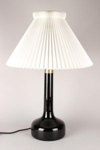 Gunnar Biilmann-Petersen for Le Klint: Bordlampe, model 343
